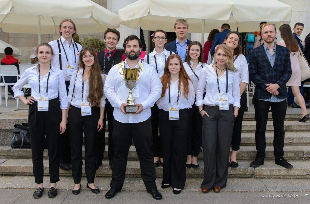 Sinh viên du học ngành Tâm lý học tại SWPS chiến thắng cuộc thi