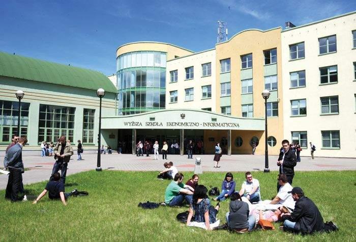 Đại học Vistula