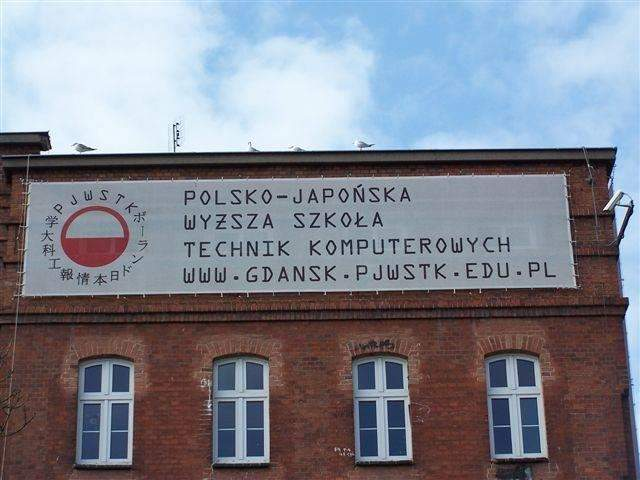 Du học Ba Lan tại học viện công nghệ thông tin Polish-Japanese